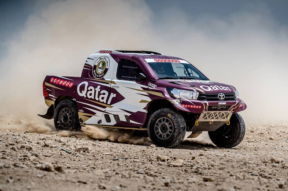 dakar 2018 nasser al attiyah vendr a al per con una hilux mejorada. Black Bedroom Furniture Sets. Home Design Ideas