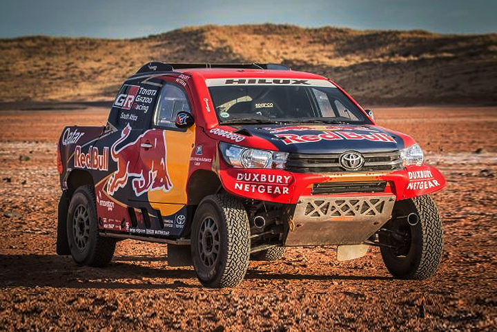 dakar 2017 as lucir la toyota hilux 4x4 de al attityah y de villiers. Black Bedroom Furniture Sets. Home Design Ideas